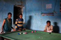 Billiards is something common in almost all Ethiopian peoples so small they may be. In that case it's one of the billiards Hausein village, in the absence of Gheralta mountains.