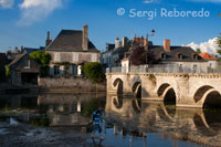 A beautiful bridge on the road a lot particularly in Azay le Rideau